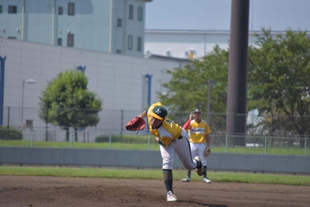 GCアスレチックス渡辺の投球写真